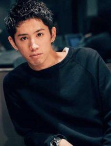 「ワンオク taka 髪型 twitter」の画像検索結果